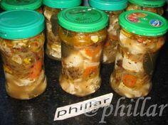 Berenjenas en escabeche, paso a paso - Taringa! Pickles, Sin Gluten, International Recipes, Chutney, Diy Food, Sauce Recipes, Food Hacks, Cooking Tips, Cucumber