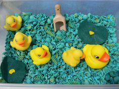 5 Little Ducks SEnsory Bin~ August Rhyming Activities, Infant Activities, Classroom Activities, Book Activities, Activity Ideas, Children Activities, Spring Activities, Creative Activities, Creative Play