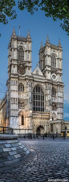 Westminster abbey ~ Opened in 1090, Gothic Architecture, located just west of the Palace of Westminster, London, England #gothicarchitecture