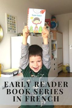 First reader book series to learn to read in French Read In French, Learn French, First Reading Books, French Classroom, French Resources, Early Readers, Teaching French, Reading Levels, Little Books