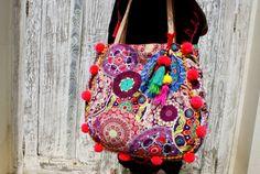 Pom pom bag/Beach tassels bag/Pom pom bag/yoga bag/Weekend bag