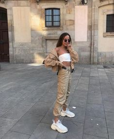 45 Adorable Summer Outfits Ideas To Update Your Wardrobe For Summer 2019 - Page 4 of 5 - Style O Check - Women's Fashion Mode Outfits, Trendy Outfits, Fashion Outfits, Fashion Trends, Womens Fashion, Fashion Clothes, Fashion Killa, Look Fashion, Spring Fashion