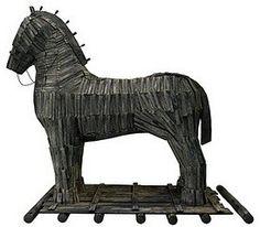 Ile waży koń trojański? Trojan Horse, I Movie, Mythology, Lion Sculpture, Horses, Statue, Art, Art Background, Kunst