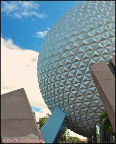 Cropping People from Walt Disney World Photos - AllEars. Disney Resorts, Disney Vacations, Disney Trips, Disney Parks, Disney Bound, Disney Love, Disney Magic, Disney Ideas, Disney World Vacation