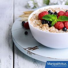 Eating a bowl of oatmeal regularly is a good start of the day and best way to increase your chances of #conceiving. #Oats contain soluble fiber that is known to reduce the bad cholesterol level. Oatmeal is also a great source of protein, vitamin E, zinc, iron, magnesium and other nutrients important for male fertility. Also whole grain foods like oat are rich in B-vitamins, like folic acid, which is important not only for female but for male fertility too.