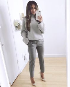 """1,720 Likes, 79 Comments - Naomi Boyer (@naomiboyer) on Instagram: """"A chunky sweater look you can wear to work. To see the rest of my looks, head on over to my…"""""""