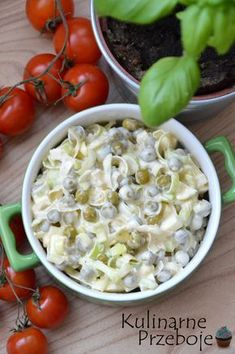 Sałatka z porem i groszkiem konserwowym Vegetarian Recipes, Cooking Recipes, Healthy Recipes, Sandwiches, Appetizer Salads, Tasty, Yummy Food, Breakfast Lunch Dinner, Potato Salad