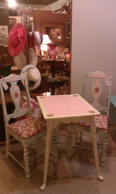 Annie Sloan Old White, Little Pink milk paint and shabby roses decoupage