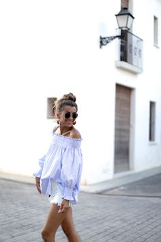 SUMMER IN OFF THE SHOULDER LOOKS - Bartabac Top: E Believe