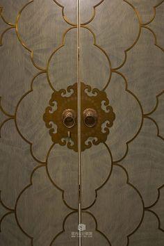 20 Door Handles ideas that you never thought of! Pooja Room Door Design, Door Design Interior, Puja Room, Door Detail, Modern Door, Indochine, Room Doors, Entrance Doors, Wooden Doors