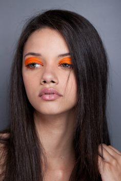 Bold orange eye shadow - #orange #makeup #beauty