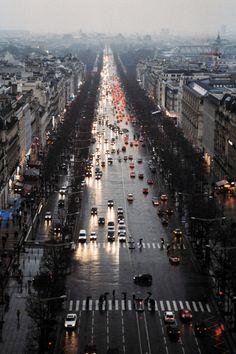 sur la droite le Grand Palais