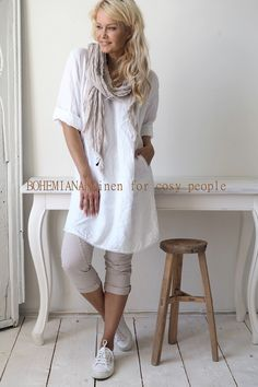 MIAMI Linen tunic, WHITE More