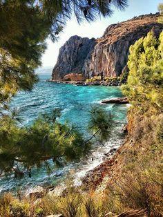 ΝΑΥΠΛΙΟ.... Nafplion...Greece...by George Kamakis... Greece Vacation, Greece Travel, Vacation Trips, Vacation Travel, Places Around The World, Around The Worlds, Greece Islands, Science And Nature, Beautiful Landscapes