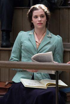Jessica De Gouw stars as Mina Murray in the Sky Living/NBC TV series Dracula - sky.com/dracula