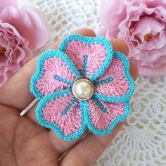 flores en crochet paso a paso con detalles en el centro