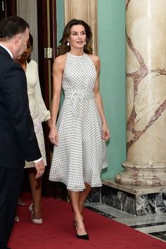 Queen Letizia of Spain arrives for a lunch with the President of Dominican Republic Danilo Medina and Candida Montilla de Medina at the Presidential Palace on May 21, 2018 in Santo Domingo, Dominican Republic. Queen Letizia of Spain is on a two day visit to Dominican Republic to support Spanish cooperation projects.