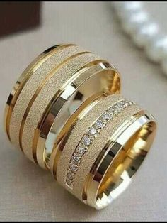 Wedding Ring Sets Unique, Wedding Ring For Him, Wedding Ring Styles, Wedding Rings, Engagement Rings Couple, Unique Diamond Engagement Rings, Gold Ring Designs, Gold Jewellery Design, Gold Finger Rings