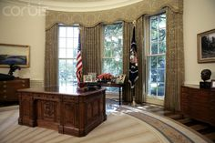The bush second oval office, just after it was redecorated