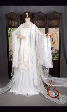 Minh họa trang phục Mị Cơ