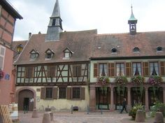 Musée du docteur Schweitzer - #Kaysersberg - #Alsace Alsace Lorraine, Beau Site, French Countryside, Places To See, Medieval, Adoption, Architecture, House Styles, Travel