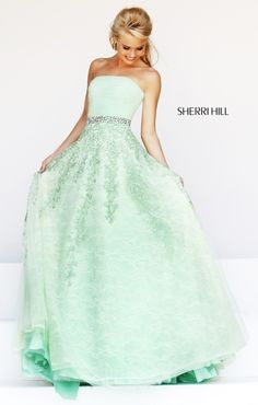 Shop prom dresses and long gowns for prom at Simply Dresses. Floor-length evening dresses, prom gowns, short prom dresses, and long formal dresses for prom. Prom Dress 2014, Beaded Prom Dress, Strapless Dress Formal, Formal Dresses, Dresses 2014, Dresses Online, Sherri Hill Prom Dresses, Homecoming Dresses, Bridesmaid Dresses