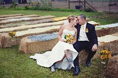 Sunflower Wedding Theme - a sunflower wedding day can be nothing short of cheerful and sunny - regardless of what the weather man has to say! Camo Wedding, Wedding Pics, Wedding Themes, Wedding Bells, Rustic Wedding, Dream Wedding, Wedding Day, Wedding 2015, October Wedding