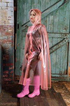 Raincoats For Women WomenS Jackets Pink Raincoat, Raincoat Jacket, Plastic Raincoat, Plastic Pants, Rain Jacket, Capes, Imper Pvc, Rain Fashion, Boots