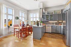 (1) FINN – FJELLSIDEN - Stor 5-roms toppleilighet på 2 plan. Fin utsikt og balkong med gode solforhold.