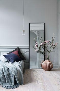Staande spiegels in het interieur