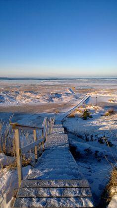 Kalajoki in winter/ Talvisia näkymiä Kalajoelta. Hiekkasärkät, Loma-asuntomessut