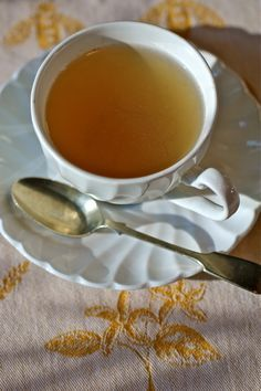 Hot Toddy for a Sore Throat 2 tbsp honey 1 tbsp apple cider vinegar 2 tbsp water 1/4 tsp ground ginger 1/4 tsp cayenne  Mix well, add a spoonful to a cup of hot water &/or a splash of brandy/liquor