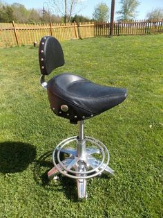 BIKER Motorcycle Style Seat Pneumatic Bar Stool / Shop Stool MANCAVE GARAGE #Unbranded