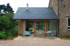 New Extension lounge Orangery Extension, Cottage Extension, Garden Room Extensions, House Extensions, German Houses, Small Country Homes, Glass Extension, Extension Ideas, Dormer Windows