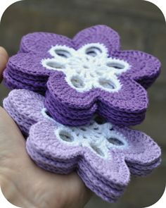 Flower coaster ☺ Free Crochet Pattern ☺.