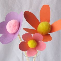 Pom Construction Paper Flowers