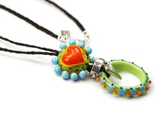 Lampwork Glass Necklace by hippkittybeads on Etsy