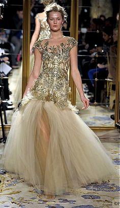 Marchesa. Oh. My. Stunning.