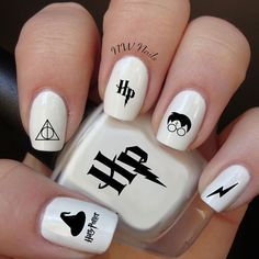 Harry Potter Nail Art Aufkleber - Make up Harry Potter Nail Art, Harry Potter Nails Designs, Trendy Nails, Cute Nails, My Nails, Nail Art Diy, Easy Nail Art, Maquillage Harry Potter, Disney Nails