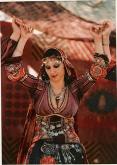 Gypsies and Belly Dancers: #tribal #costume