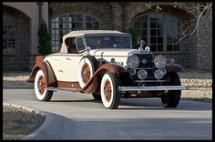 1931 Cadillac V-12 Roadster - (Cadillac Motors, Detroit, Michigan 1902- present )