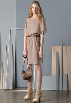 Dace- love the styling here. it's about the accessories