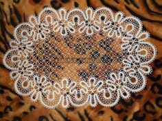 Aralara inci Bobbin Lace Patterns, Crochet Patterns, Irish Crochet, Crochet Lace, Bruges Lace, Romanian Lace, Types Of Lace, Lacemaking, Point Lace