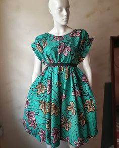 African Fashion Ankara, Latest African Fashion Dresses, African Print Fashion, Africa Fashion, Short African Dresses, Ankara Short Gown Styles, African Fashion Traditional, African Print Dress Designs, Moda Afro