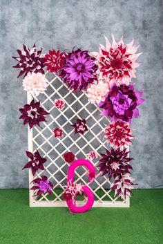 Задник деревянный + бумажные цветы. Можно использовать в качестве задника на свадьбе или для фотозоны на ДР. Размер 180*120 см. https://vk.com/beautybeyondtime