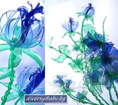 krakotak.com:how to make flowers from plastic bottles  (don't know if I'll EVER do this --- but SOOOO cool!)