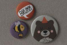 Bär und Biene Stoff-Buttonset von käselotti auf DaWanda.com