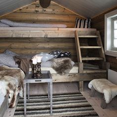 HOME DECOR – RUSTIC STYLE – omg i feel warm already just looking at this cozy bedroom.: