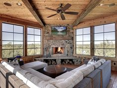 Porch Fireplace, Corner Fireplaces, Four Seasons Room, Three Season Porch, Porch Windows, Three Season Room, Sunroom Addition, Casas Containers, Room Additions