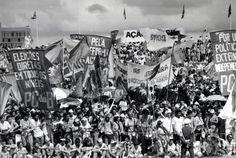 Manifestação em Brasília, diante do Congresso Nacional - Diretas Já 1983-1984.